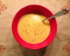 Creamy Curry Cauliflower Soup (Vegan)